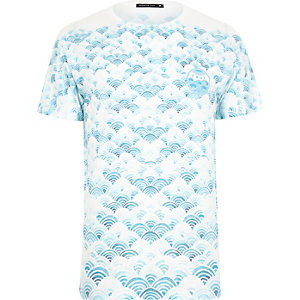 White Friend or Faux cloud print t-shirt