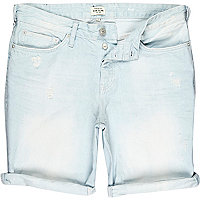 Light wash distressed slim denim shorts