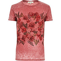 Red floral placement print t-shirt