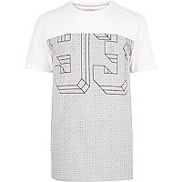 White graphic number print t-shirt