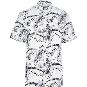 White fern print short sleeve shirt
