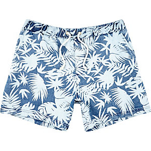 Blue tropical print denim shorts