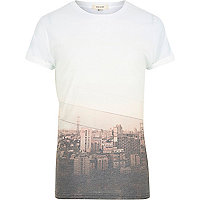 White sepia city print short sleeve t-shirt