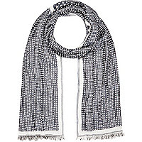 Black paisley print lightweight scarf