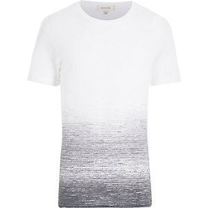White textured faded t-shirt