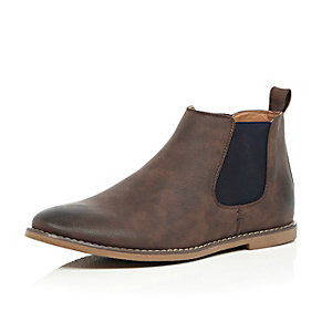 Brown contrast side Chelsea boots