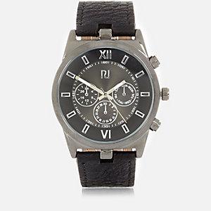 Grosse montre noire