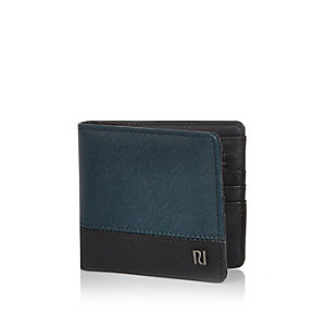 Turquoise textured wallet