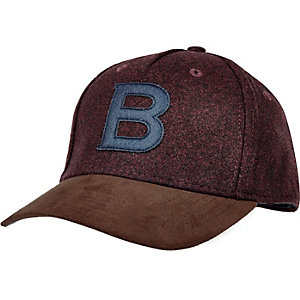 Dark red B flatpeak cap