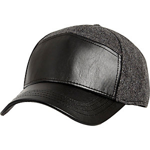 Black panelled cap