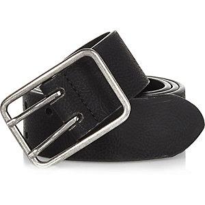 Black double prong belt
