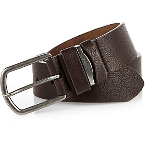 Brown pebbled metal insert belt