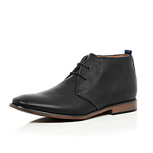 Black lace up chukka boots