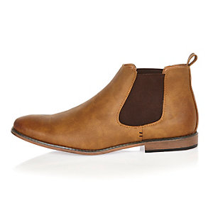 Mid brown Chelsea boots