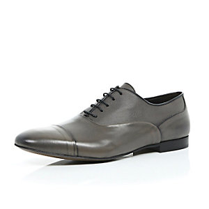 Grey premium grain leather shoes