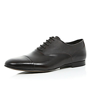 Dark brown premium grain leather shoes
