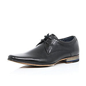 Black smart shoes