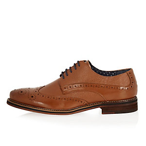 Brown pebbled leather brogues