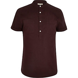 Dark red half over head short sleeve shirt
