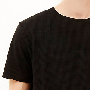 Black grid texture t-shirt