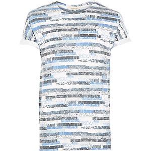 White textured geo print t-shirt