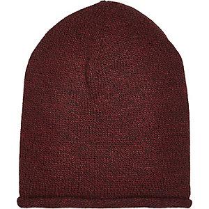 Dark red roll beanie hat