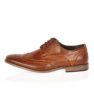 Brown smart wingtip brogues
