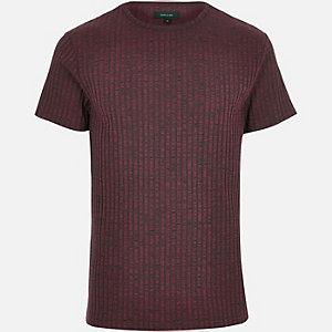 Dark red ribbed short sleeve t-shirt