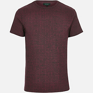 Dark red ribbed short sleeve t-shirt