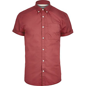 Red short sleeve twill shirt
