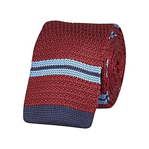 Red stripe knitted tie