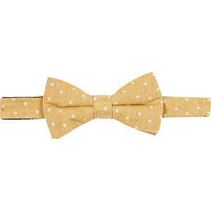 Yellow spotted bowtie