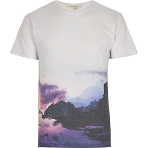 White hold fast cloud print t-shirt