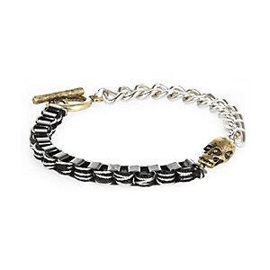 Silver tone chain skull bracelet