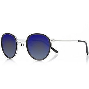 Blue round tinted lens sunglasses