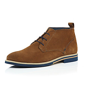 Tan brown suede colour lace desert boots