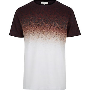 Rust brown faded paisley print t-shirt