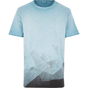 Blue faded shape print t-shirt