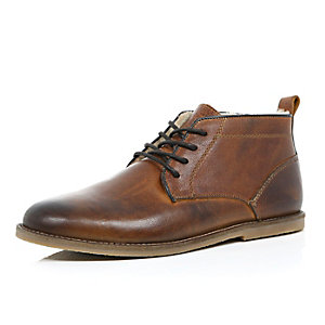 Brown burnished shearling lined desert boots