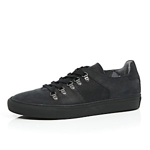 Black nubuck D ring skater trainers