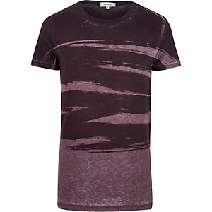 Dark red brush burnout print t-shirt