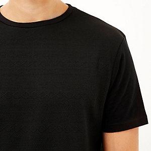 Black textured front t-shirt