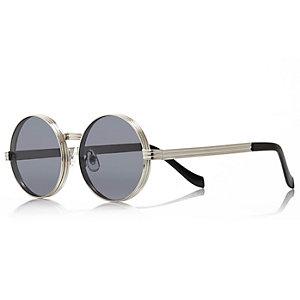 Grey chunky round sunglasses