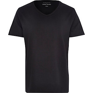 Black scoop V-neck t-shirt