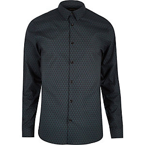 Green geo print stretch shirt