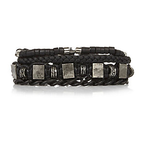 Black beaded bracelets pack