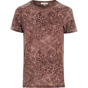 Red Oriental floral print t-shirt