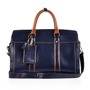 Navy holdall bag