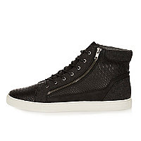 Black zip-up hi tops