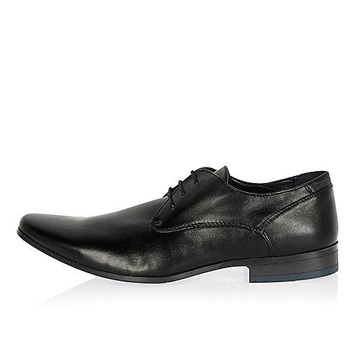 Black smart colored heel shoes